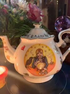 fortune teller teapot